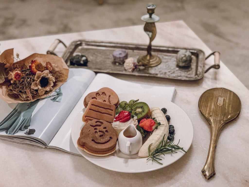 sansan小矮走跳日記-中山站咖啡廳 走進屋子裡 House go in 季節水果冰淇淋鬆餅