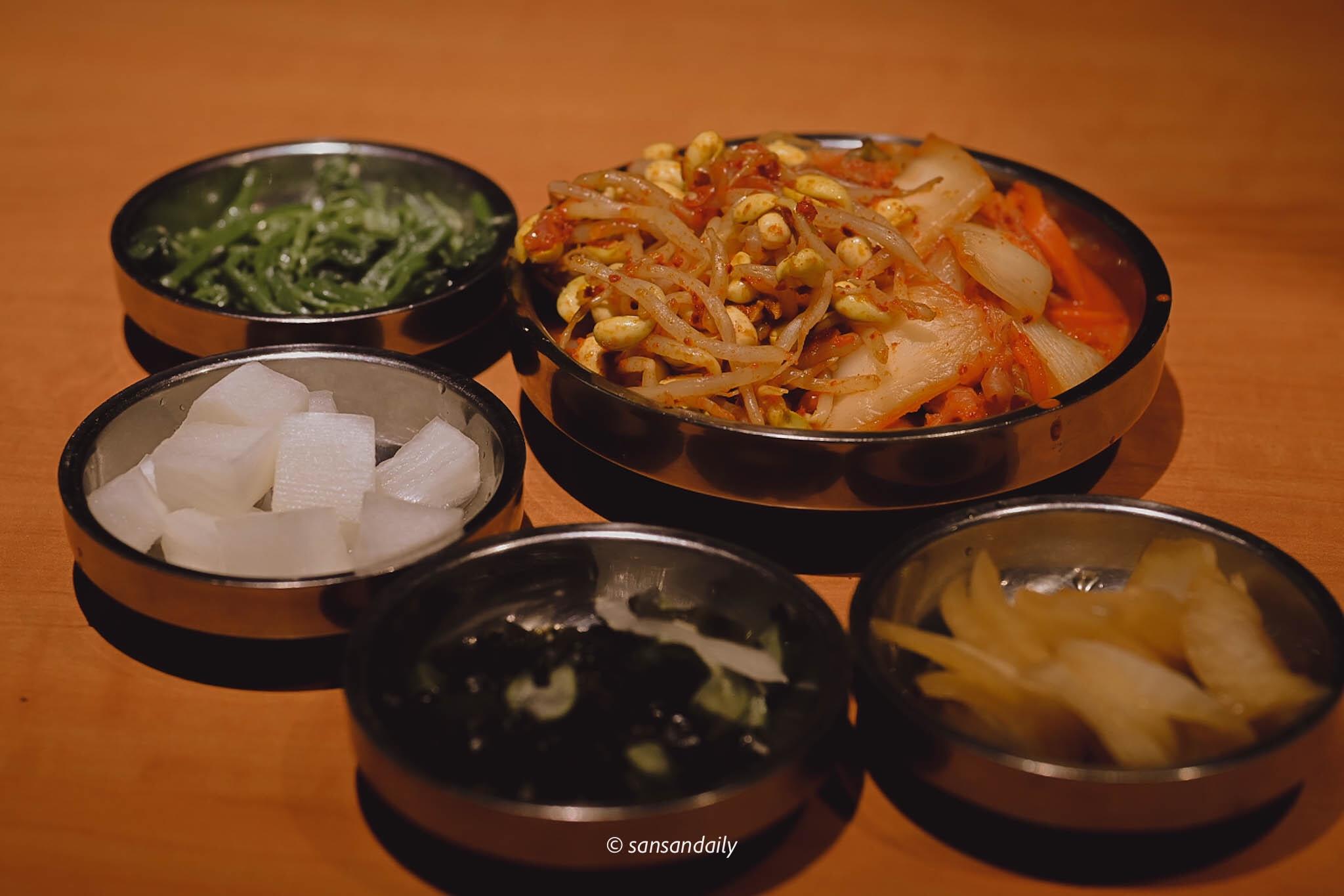娘子韓食 套餐附的六樣韓式小菜