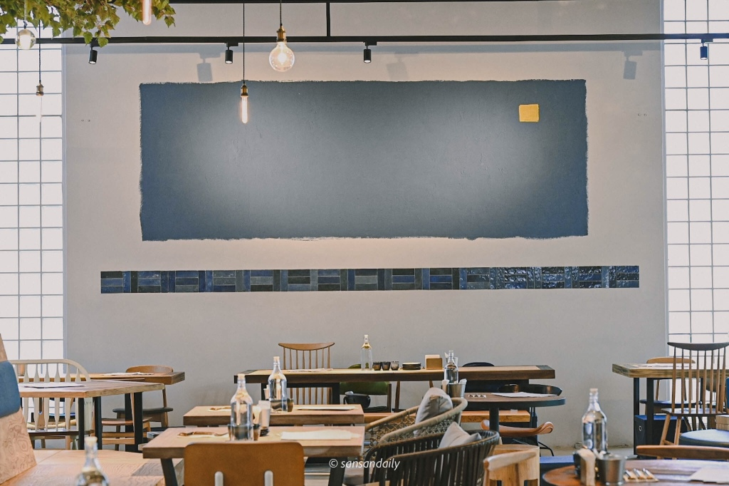 GUMGUM Beer & Wings雞翅酒吧內科店 簡約牆面局部特寫