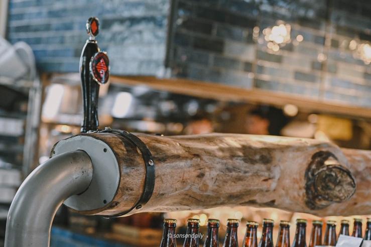 GUMGUM Beer & Wings吧台局部特寫