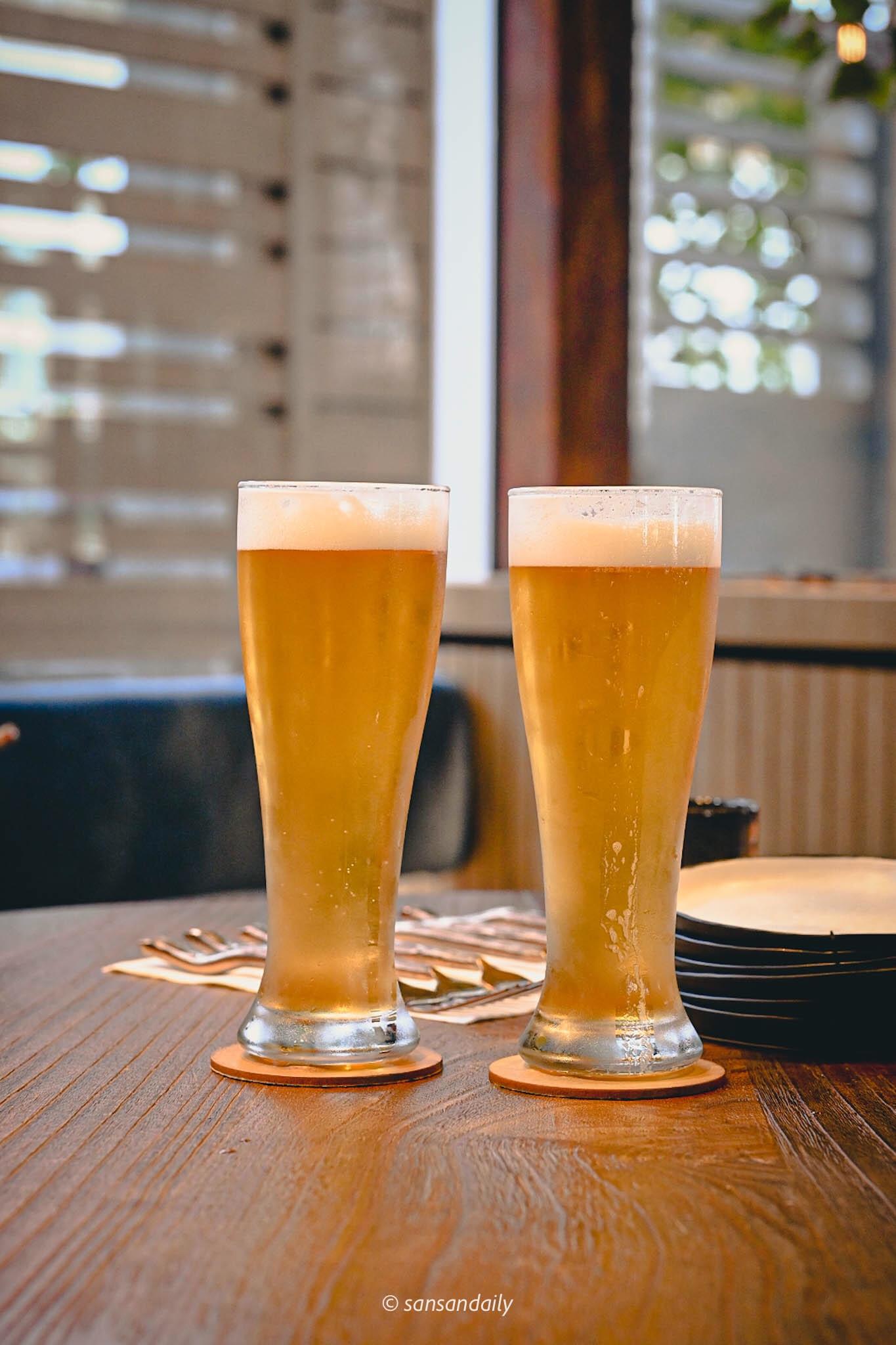 兩杯高杯GUMGUM Beer & Wings精釀啤酒